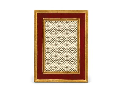 Classico Red Frame 5x7